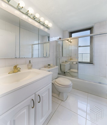 301 EAST 79TH STREET 9F, Upper East Side, $825,000, Web #: 18494724