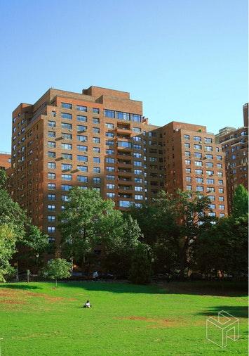 11 RIVERSIDE DRIVE 3ME, Upper West Side, $1,235,000, Web #: 18500030