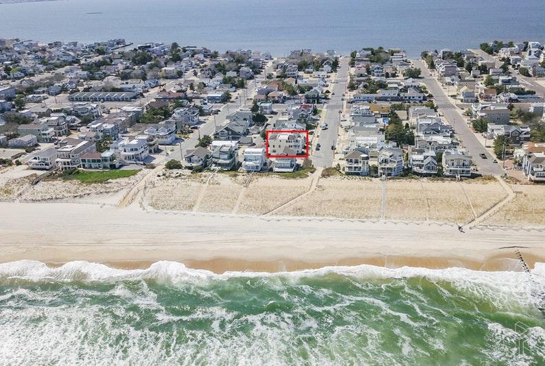 20 22ND STREET, Surf City, $1,699,000, Web #: 18504005