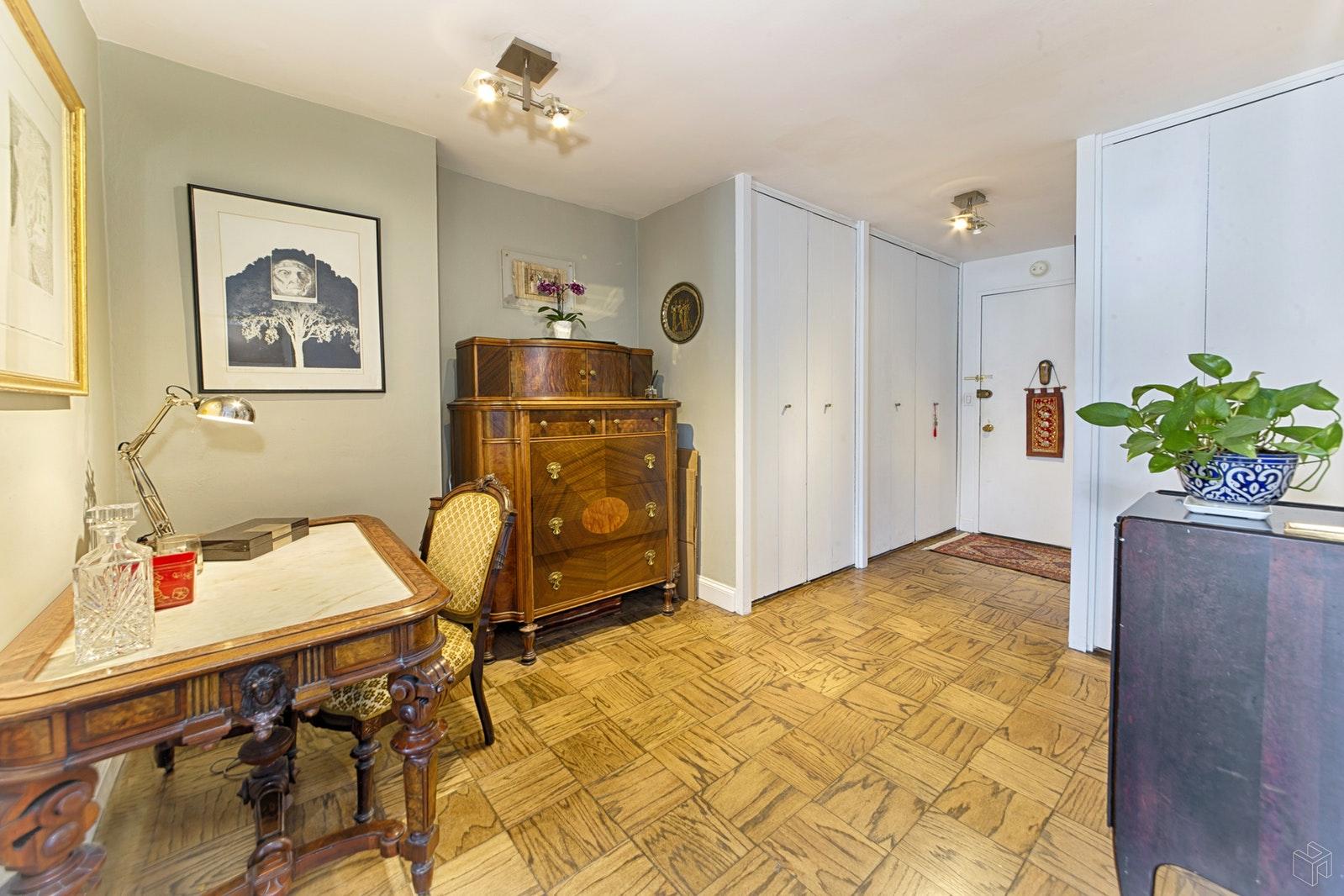 245 EAST 25TH STREET 12L, Gramercy Park, $620,000, Web #: 18517028