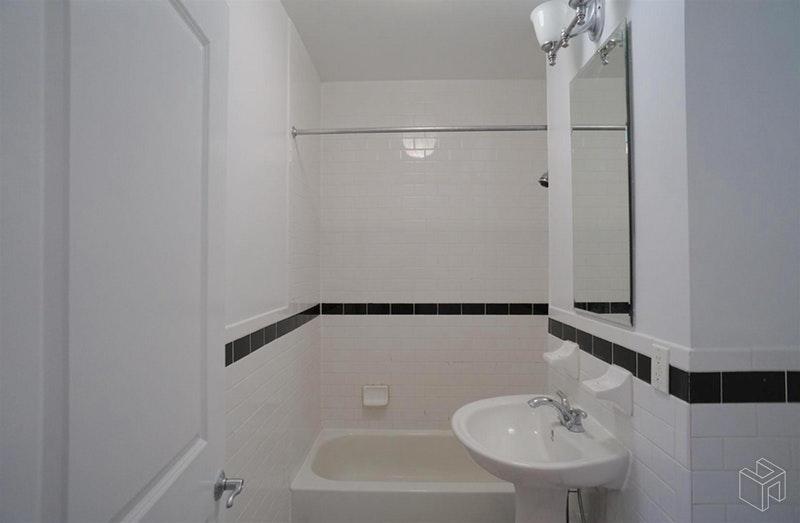 1011 RUTLAND ROAD 2R, Brownsville, $1,650, Web #: 18519746