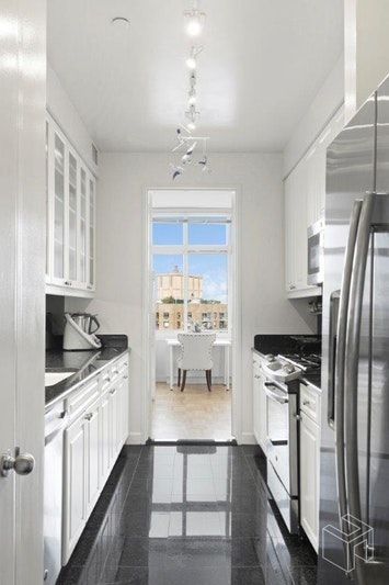 1930 BROADWAY 29/G, Upper West Side, $20,000, Web #: 18526837
