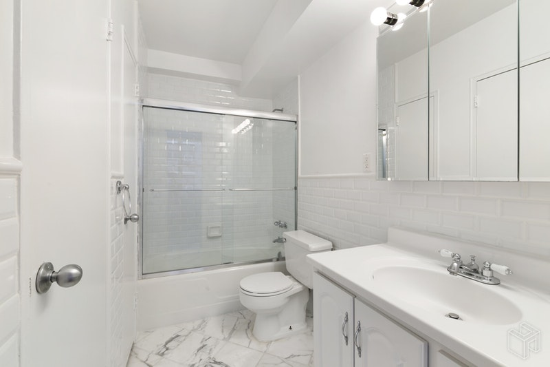 155 EAST 55TH STREET 9A, Midtown East, $2,935, Web #: 18528102