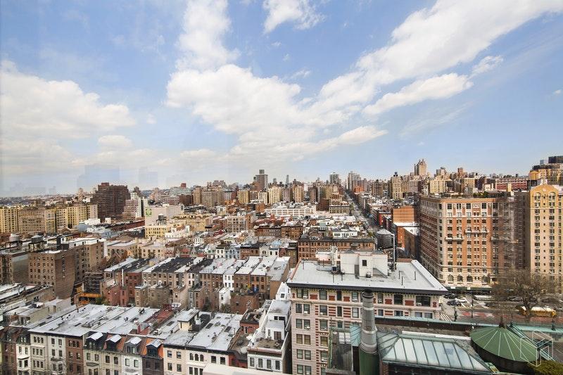 101 WEST 79TH STREET 19D, Upper West Side, $3,900, Web #: 18555469