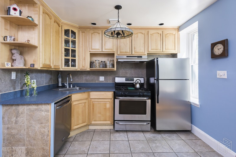 659 DEGRAW STREET 3, Park Slope, $548,000, Web #: 18574728