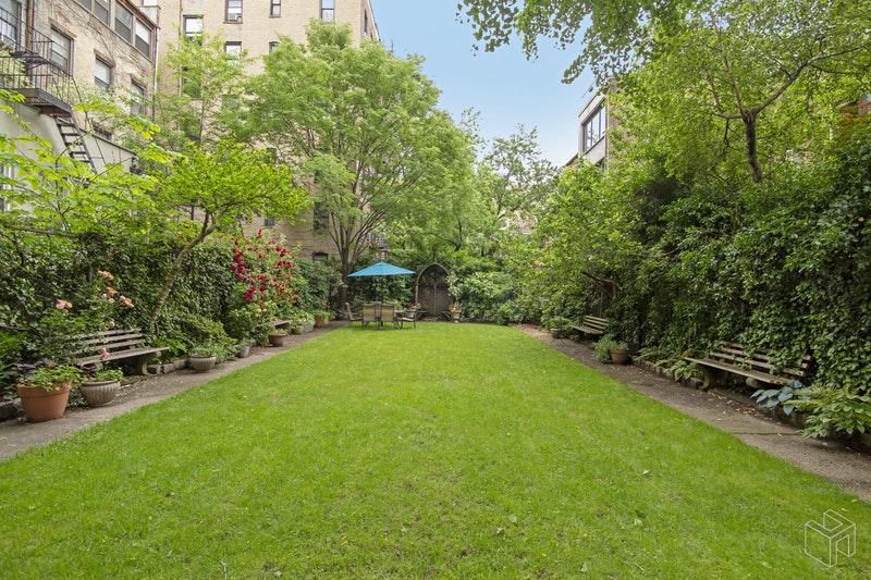 360 WEST 21ST STREET 4K, Chelsea, $3,200, Web #: 18585799