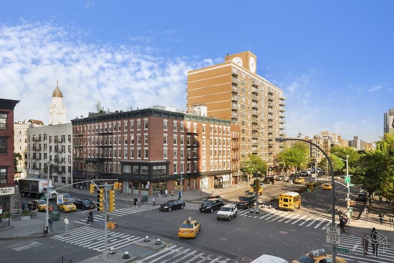 217 EAST HOUSTON STREET 4W, East Village, $3,995, Web #: 18591497