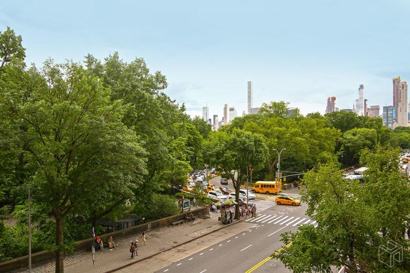 211 Central Park West Interior Photo
