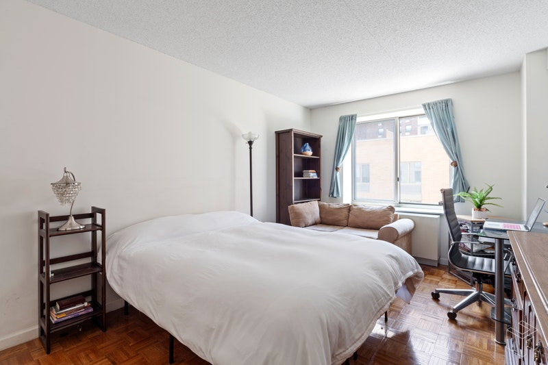 300 WEST 135TH STREET 7J, Central Harlem, $1,015,000, Web #: 18619631