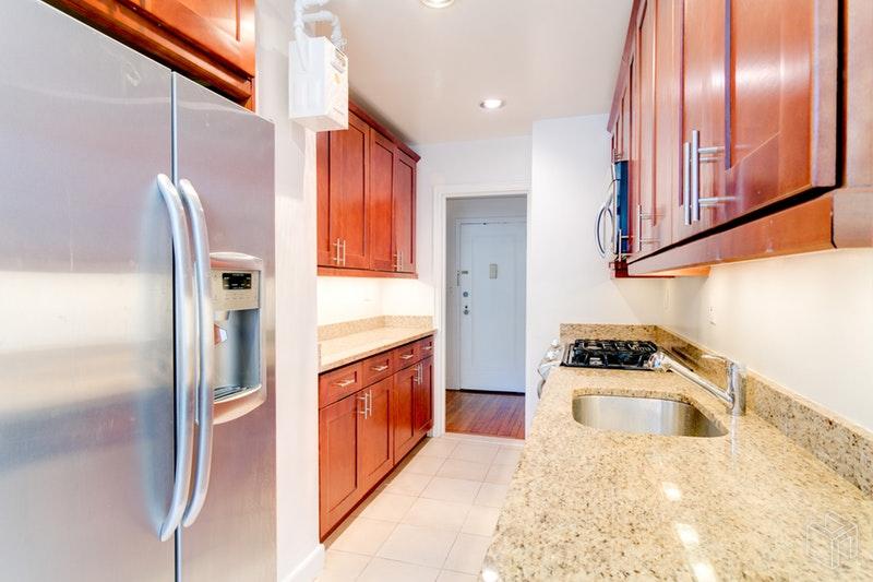 15 PARK AVENUE 4A, Midtown East, $5,095, Web #: 18623470