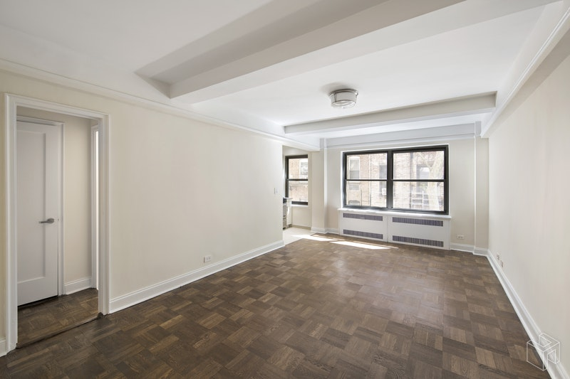 340 EAST 52ND STREET 5G, Midtown East, $2,607, Web #: 18625001