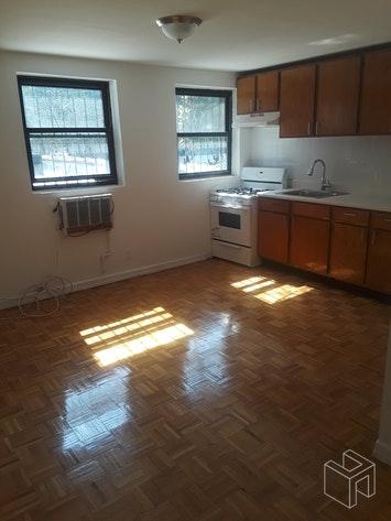 652 EAST 6TH STREET 3B, East Village, $2,550, Web #: 18638546