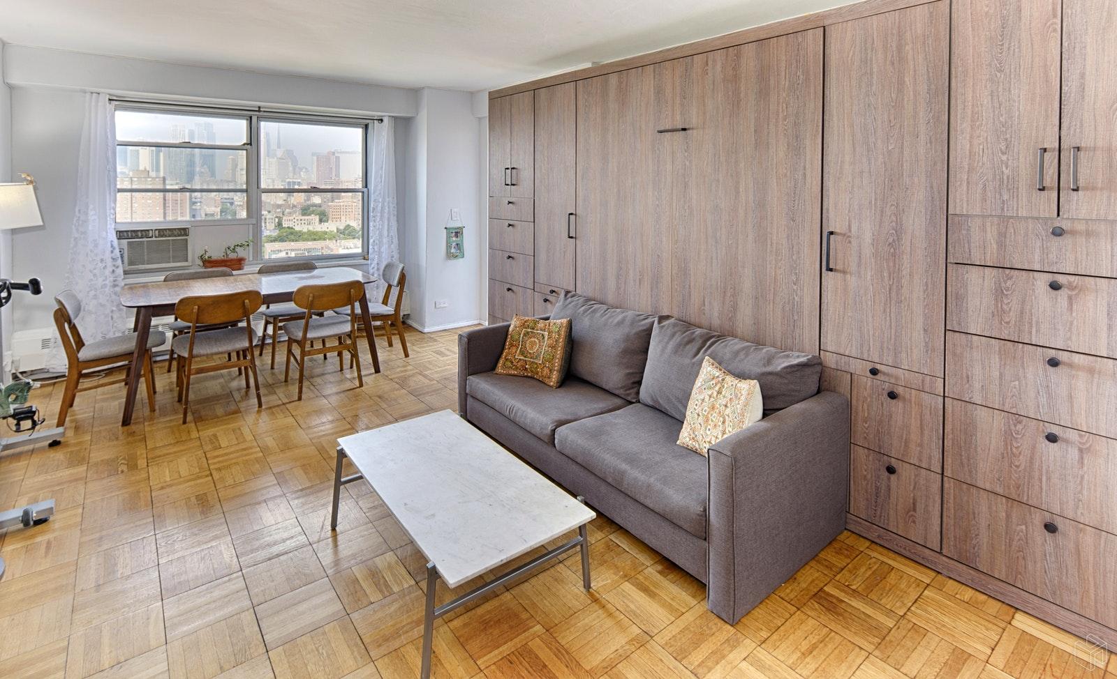 570 GRAND STREET, Lower East Side, $729,000, Web #: 18717514
