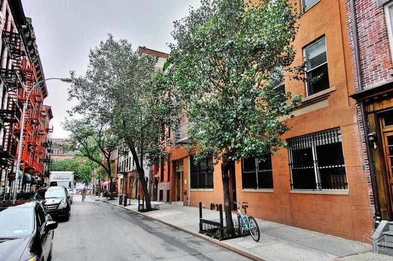 17 CORNELIA STREET 2A, West Village, $7,450, Web #: 18753626