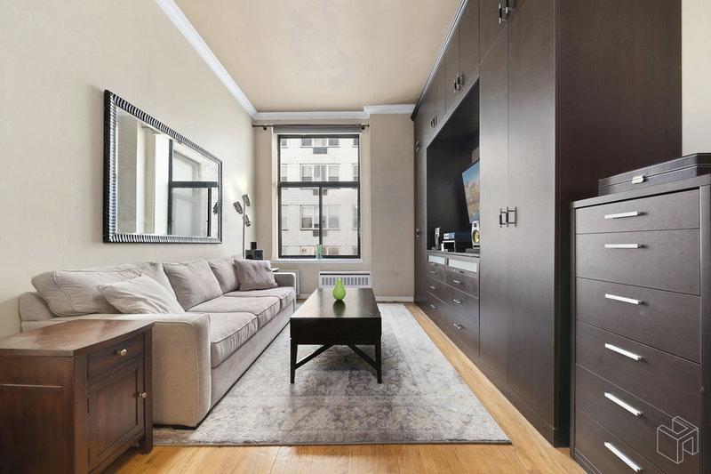 310 EAST 23RD STREET 6B, Gramercy Park, $2,795, Web #: 18759713