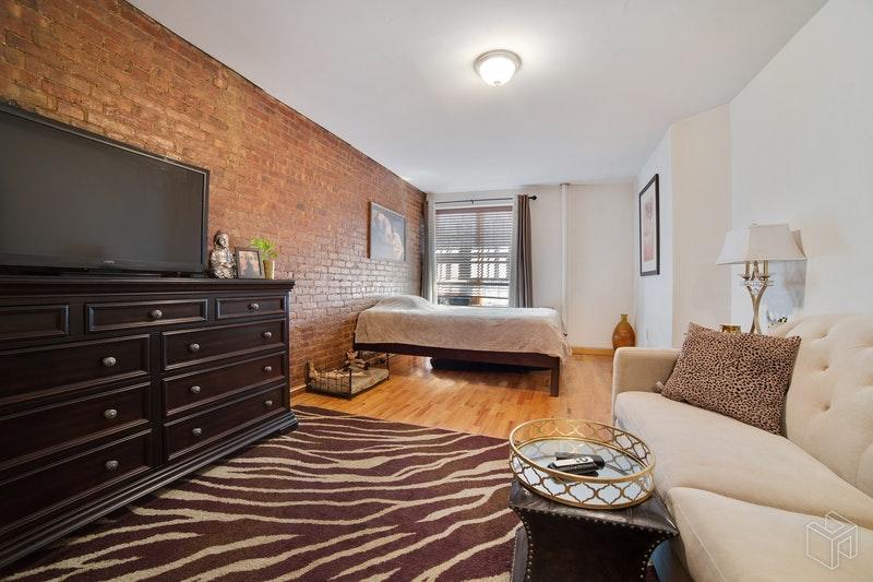 107 WEST 74TH STREET BF, Upper West Side, $1,975, Web #: 18771736