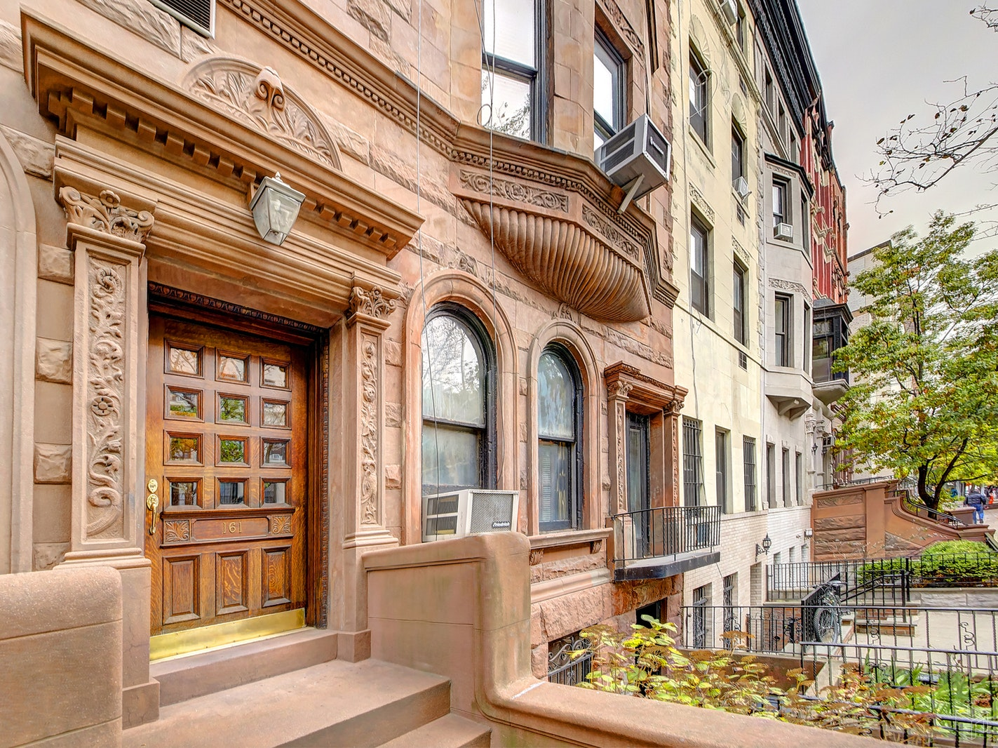 161 WEST 76TH STREET GROUND/R, Upper West Side, $825,000, Web #: 18779012