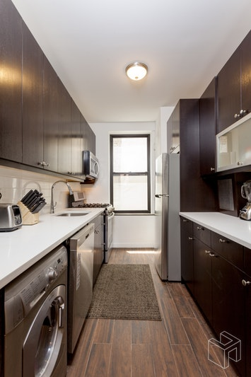 235 LEXINGTON AVENUE 4, Midtown East, $3,995, Web #: 18779920