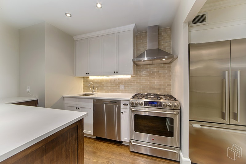 18 EAST 12TH STREET 2A, Greenwich Village, $5,995, Web #: 18793651