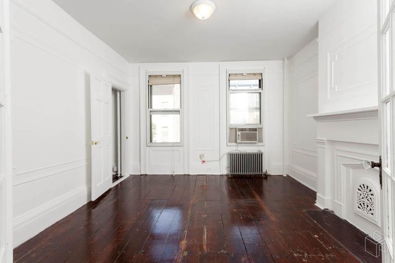 157 BEDFORD AVE 3, Williamsburg, $2,757, Web #: 18795624