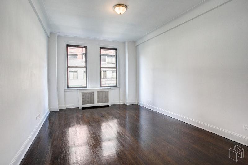 222 WEST 83RD STREET 4E, Upper West Side, $6,695, Web #: 18798785
