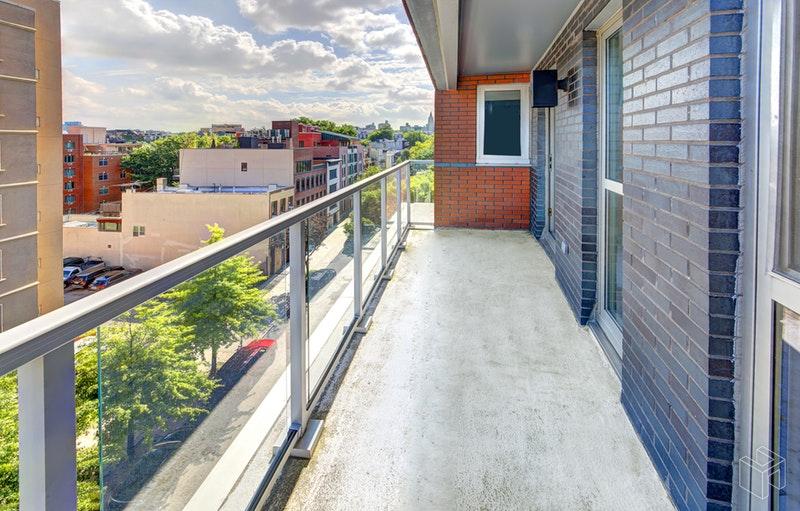 560 CARROLL STREET 7C, Park Slope, $849,000, Web #: 18875442