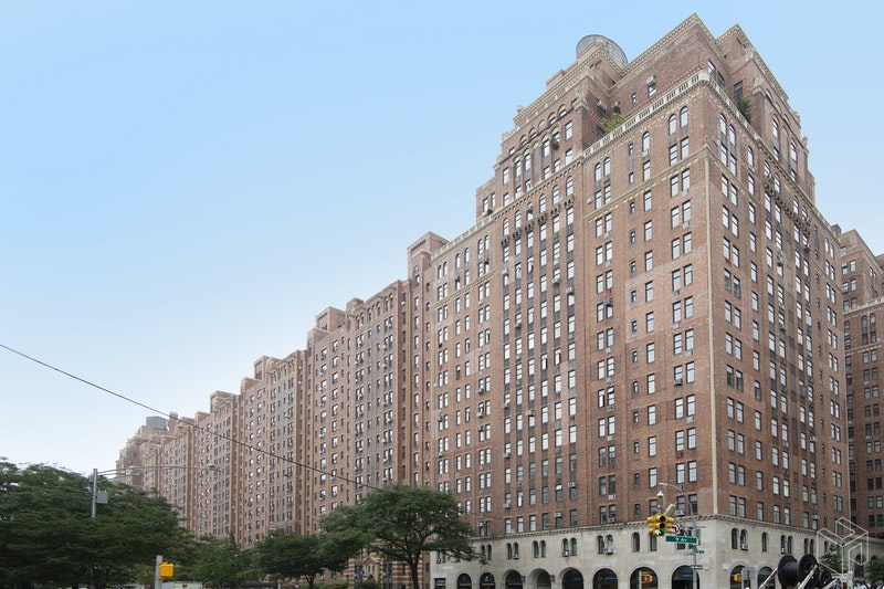 410 WEST 24TH STREET 12I, Chelsea, $2,995, Web #: 18917193