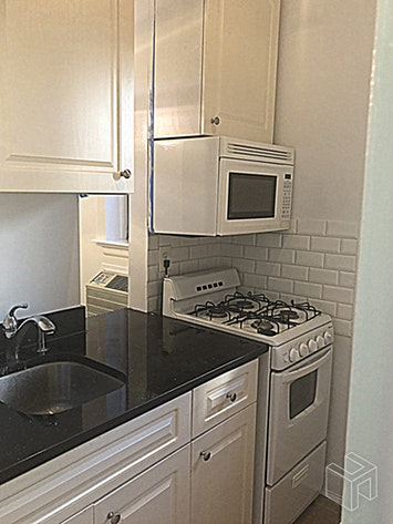 448 EAST 84TH STREET, Upper East Side, $1,950, Web #: 18917222