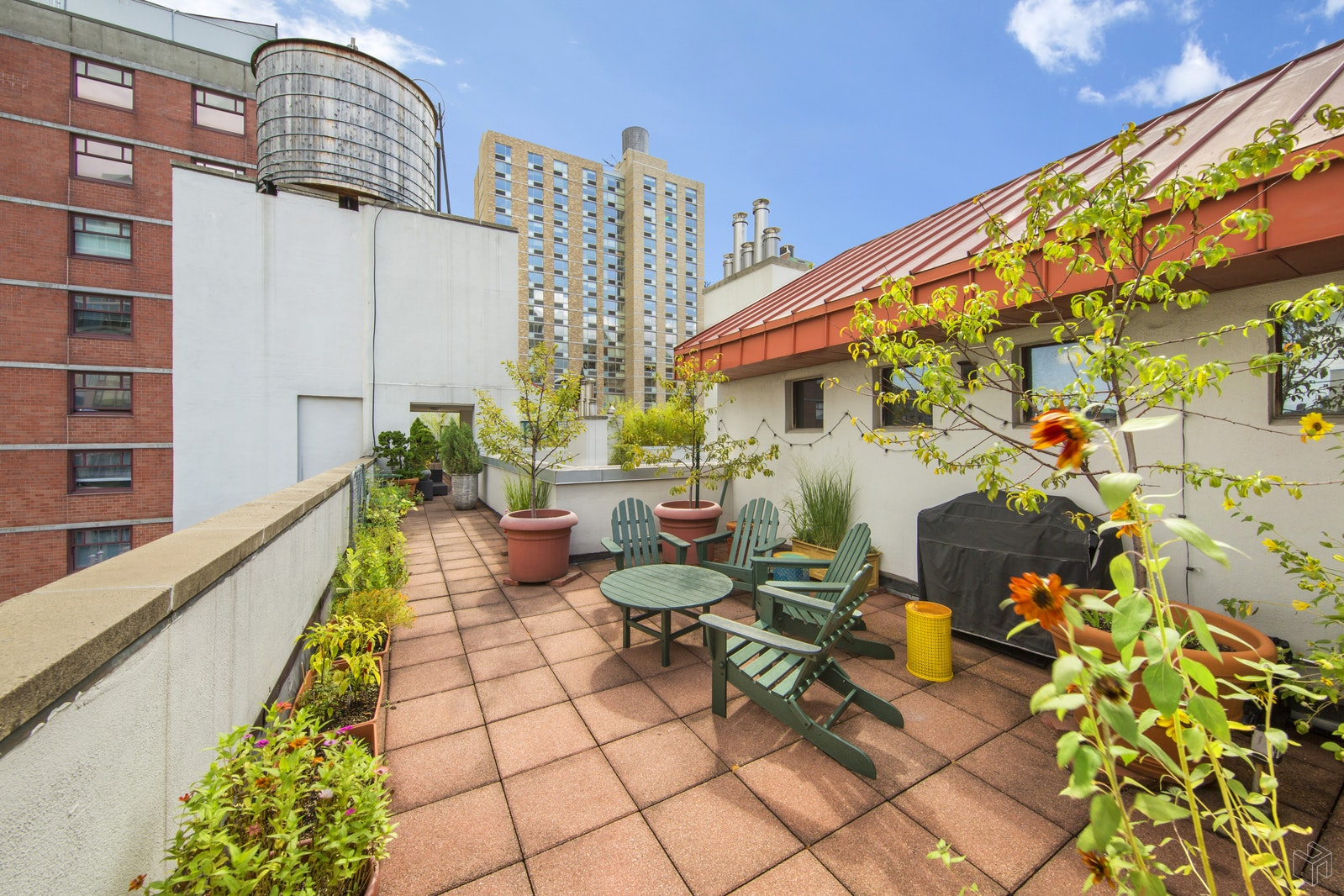 125 EAST 12TH STREET 4H, East Village, $1,399,000, Web #: 18932003