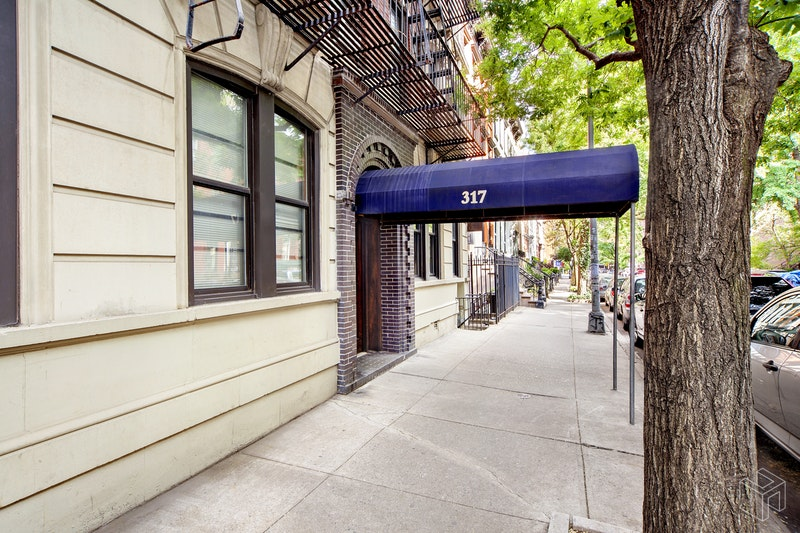 317 EAST 18TH STREET 4E, Gramercy Park, $2,200, Web #: 18945274