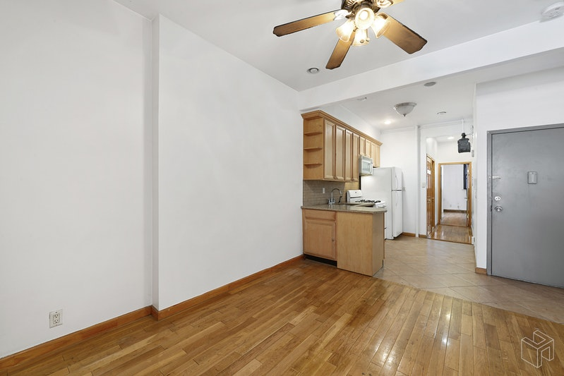 51 EAST HOUSTON STREET 1A, Nolita, $4,500, Web #: 18960402