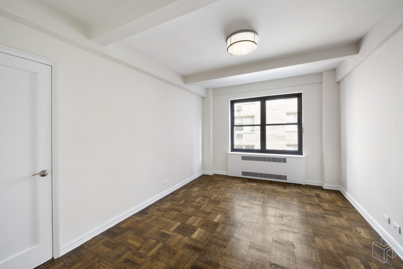 340 EAST 52ND STREET 7H, Midtown East, $3,675, Web #: 19020921