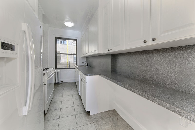 215 WEST 75TH STREET 16A, Upper West Side, $4,300, Web #: 19041870
