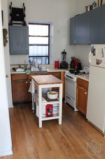 543 1/2 EAST SIXTH STREET, East Village, $2,395, Web #: 19061435