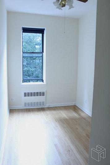 150 WEST 74TH STREET 3B, Upper West Side, $2,750, Web #: 19081718
