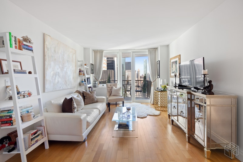212 EAST 47TH STREET 34C, Midtown East, $3,500, Web #: 19102274