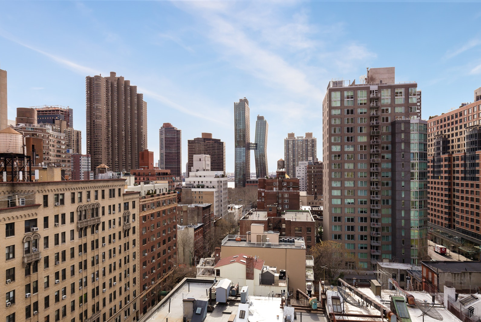 166 EAST 35TH STREET 14G, Midtown East, $685,000, Web #: 19117098