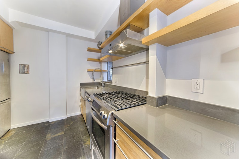 30 EAST 37TH STREET, Murray Hill Kips Bay, $4,300, Web #: 19118936