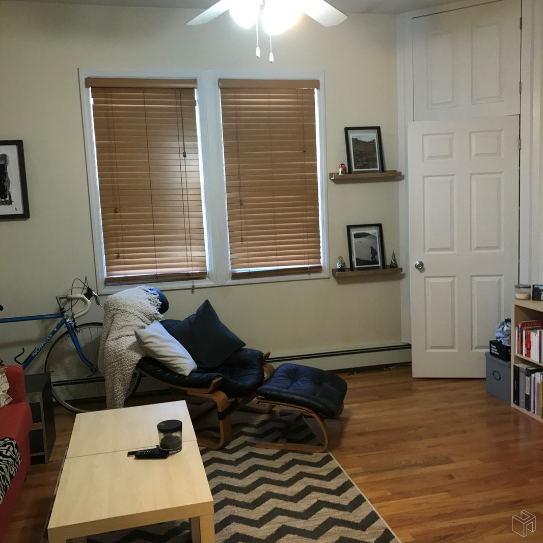 55 -57 BROUGHTON AVE, Bloomfield, $1,375, Web #: 19145581