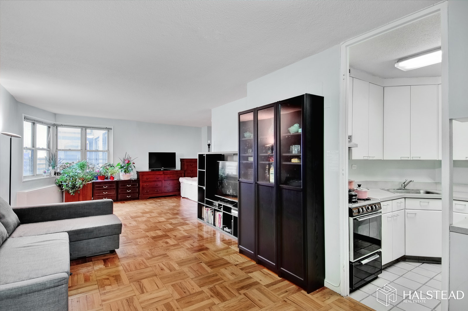 300 EAST 40TH STREET 23L, Midtown East, $620,000, Web #: 19155192