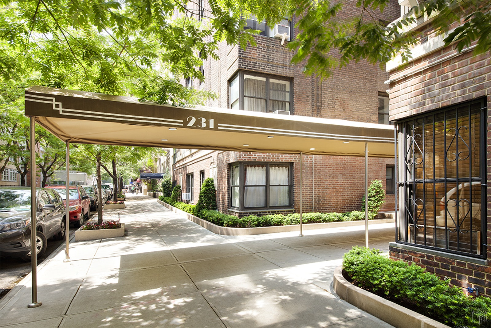 231 EAST 76TH STREET 7K, Upper East Side, $3,495, Web #: 19176637