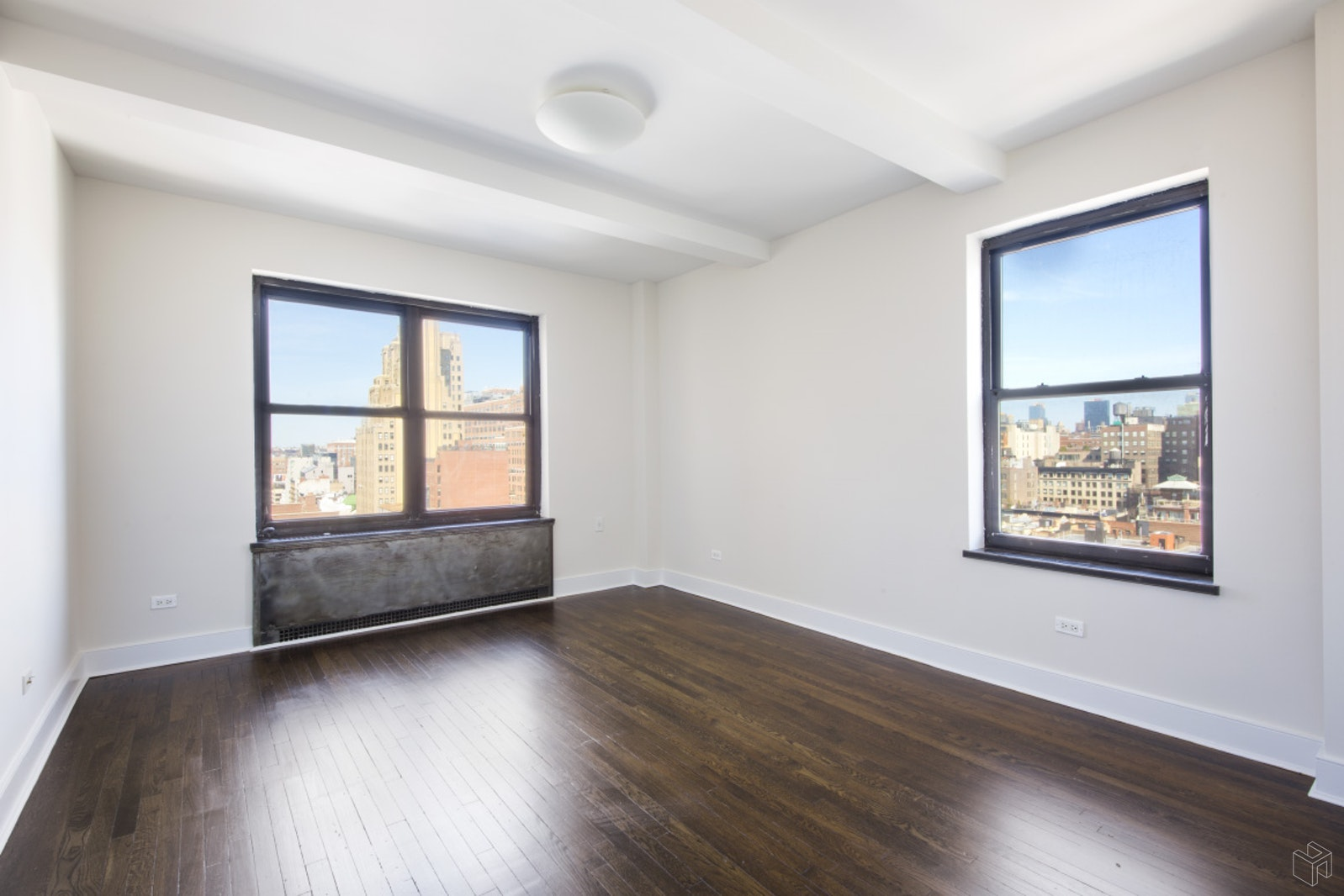 56 SEVENTH AVENUE 10H, West Village, $4,800, Web #: 19183170