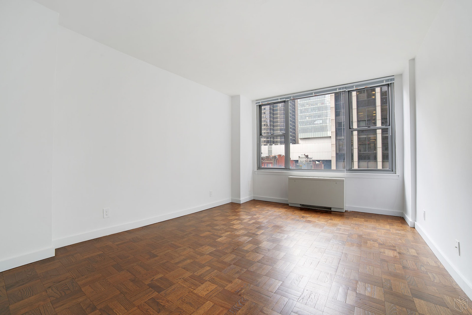 65 WEST 55TH STREET, Midtown West, $3,300, Web #: 19183770