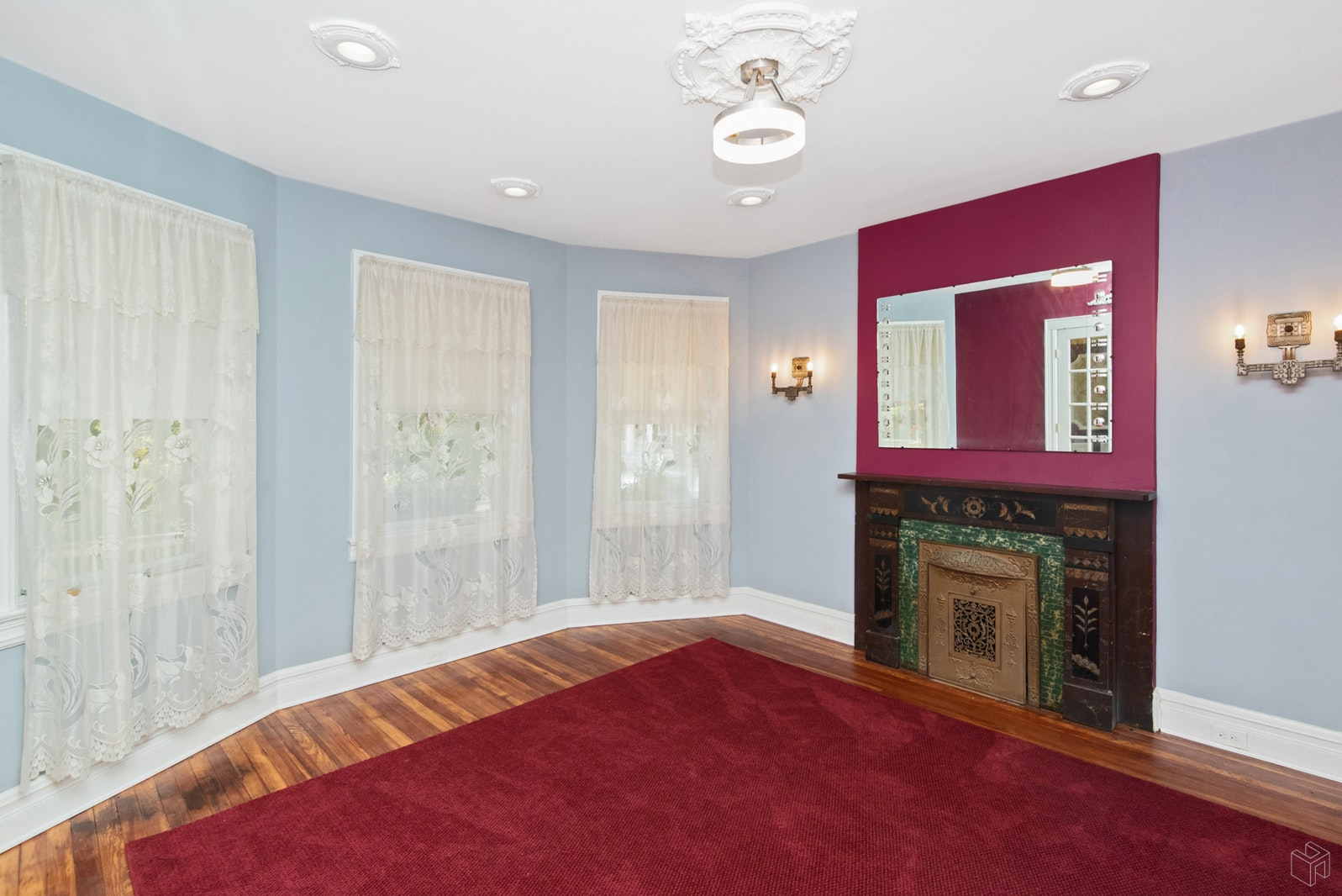 19 EAST 37TH ST, Bayonne, $2,200, Web #: 19187476