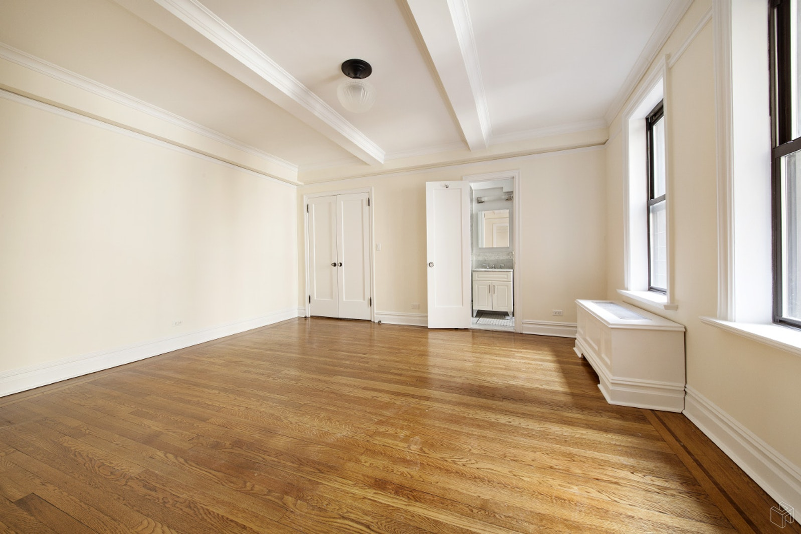 98 RIVERSIDE DRIVE 8H, Upper West Side, $6,250, Web #: 19239192