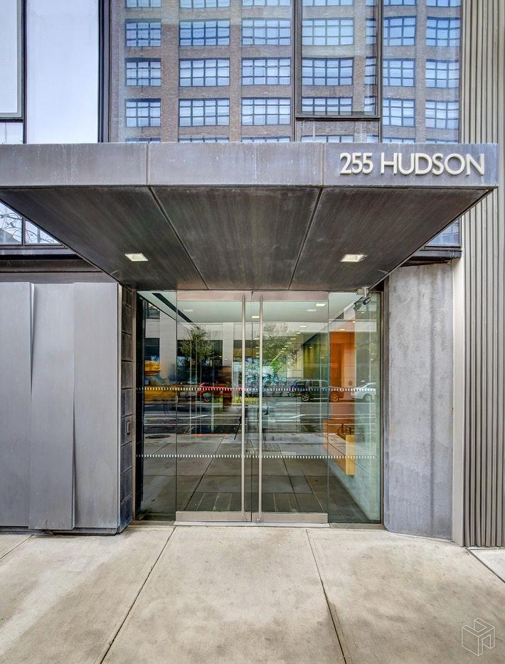 255 HUDSON STREET, Soho, $6,500, Web #: 19249445
