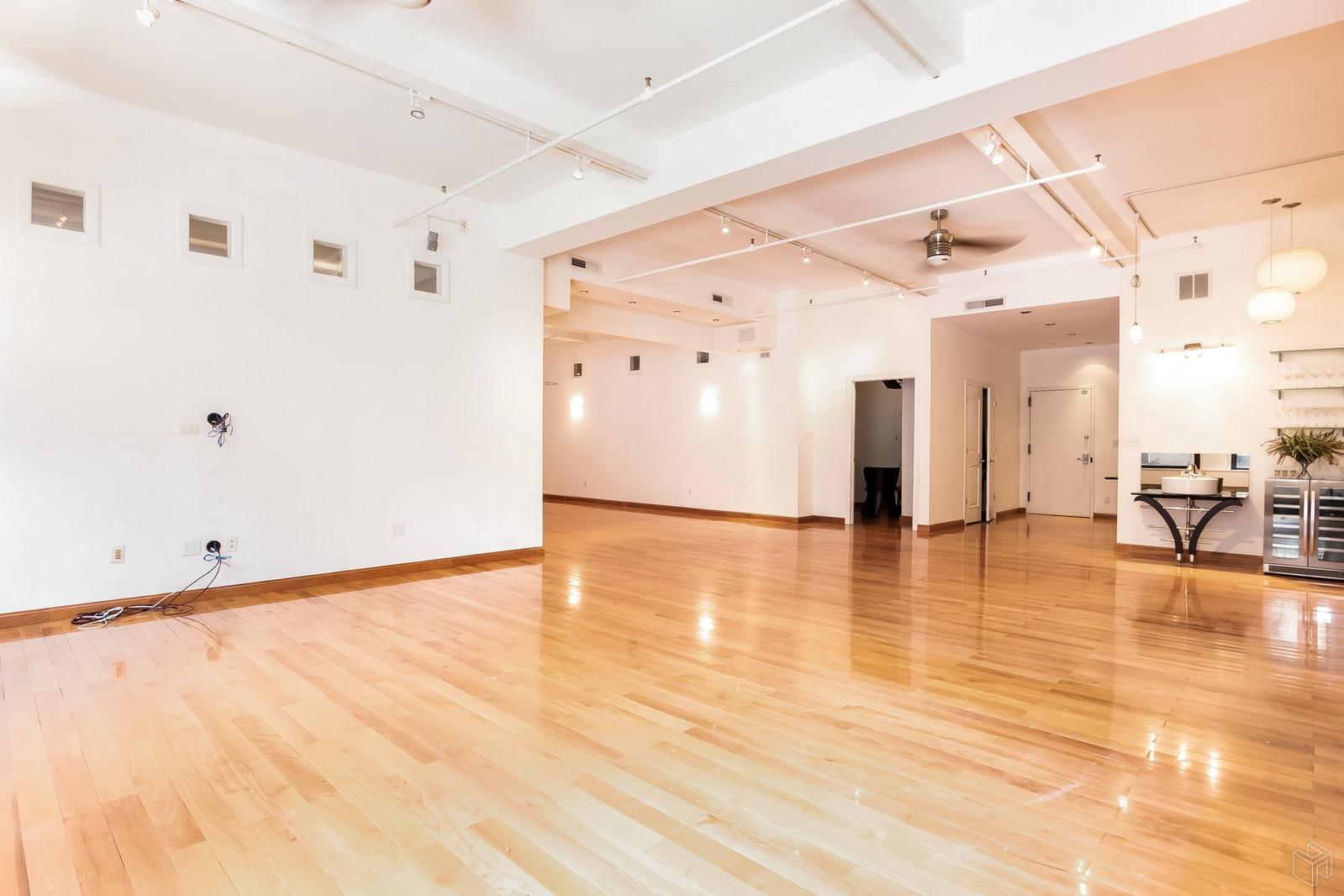 144 WEST 27TH STREET 8R, Chelsea, $11,500, Web #: 19290456