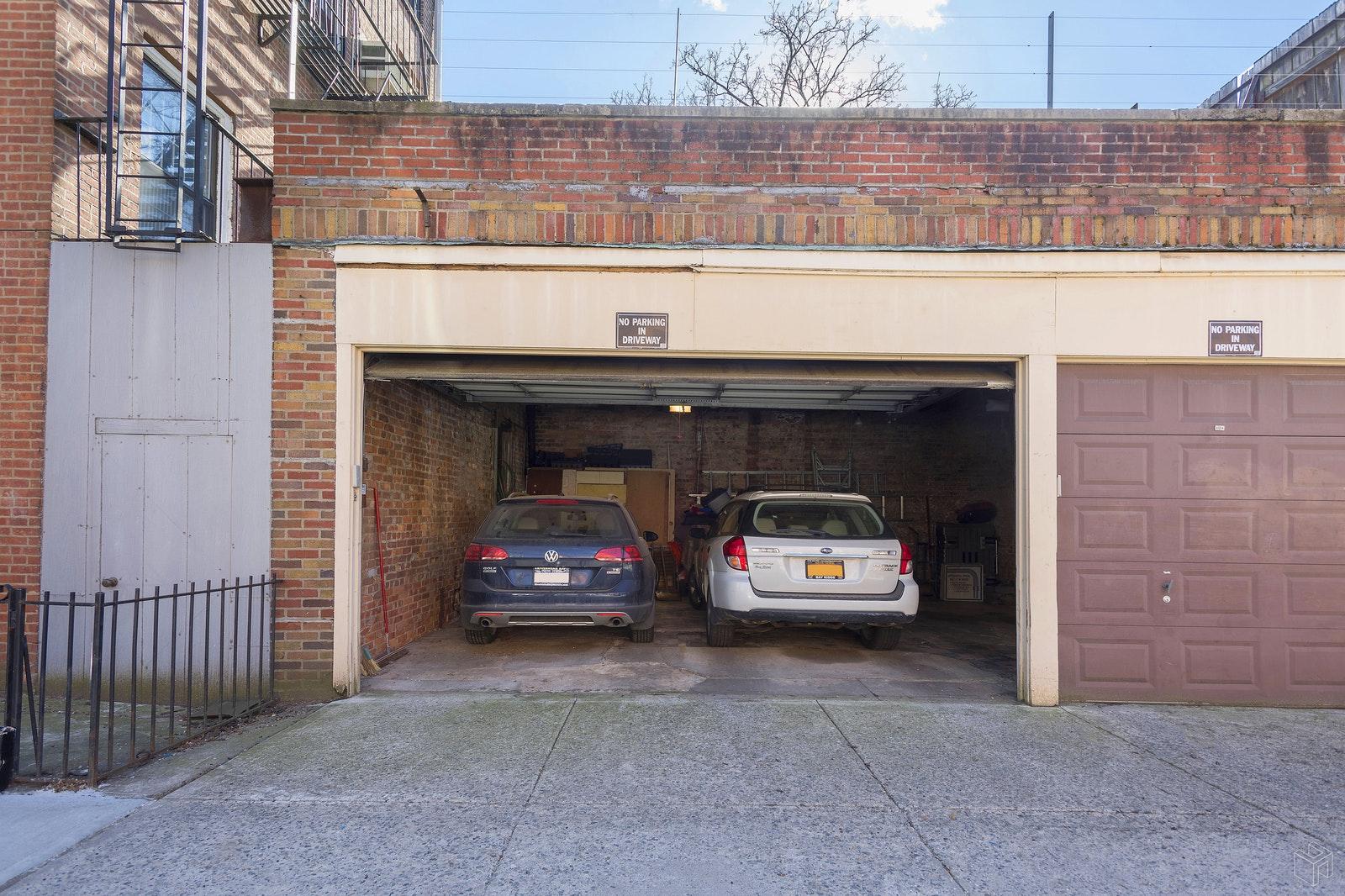 110 HOYT STREET 1/2, Boerum Hill, $1,999,000, Web #: 19327831