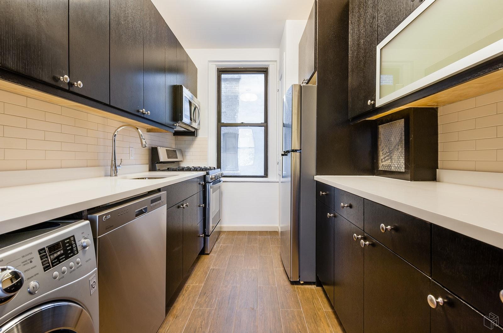 235 LEXINGTON AVENUE, Midtown East, $3,995, Web #: 19340191