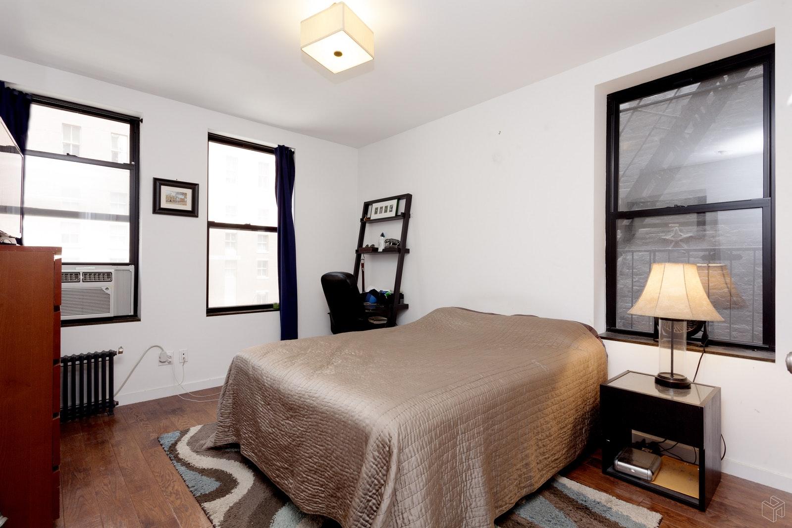 235 LEXINGTON AVENUE 8, Midtown East, $3,995, Web #: 19340764